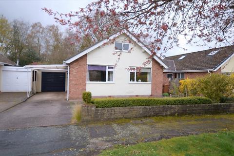 3 bedroom bungalow for sale - Lea Avenue, Goostrey