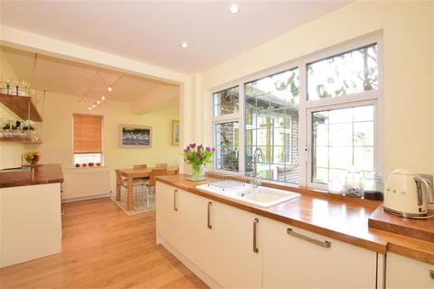 4 bedroom detached house for sale - Main Road, Birdham, Chichester, West Sussex
