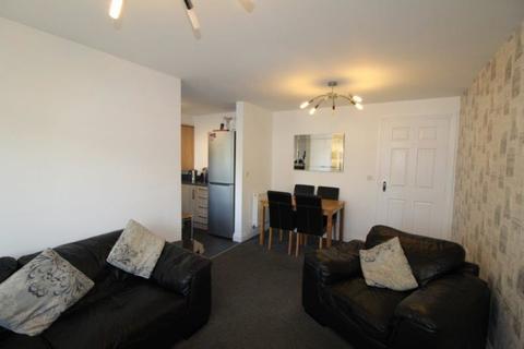 2 bedroom ground floor flat to rent - The Beeches, Edendale Avenue
