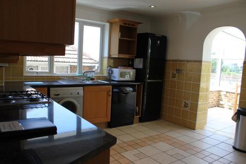 6 bedroom property to rent - Wilson Avenue, BRIGHTON BN2