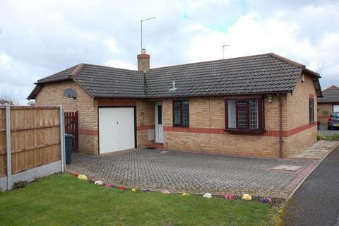 2 bedroom detached bungalow for sale - Southcourt, Moulton, Northampton NN3 7BB