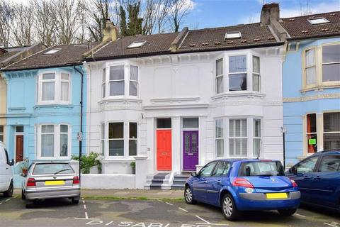 3 bedroom terraced house for sale - Argyle Road, Brighton, East Sussex