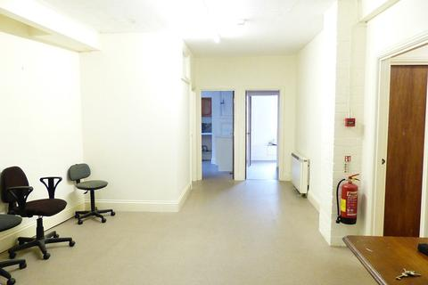 Office to rent - Bell Lane, Brecon, LD3