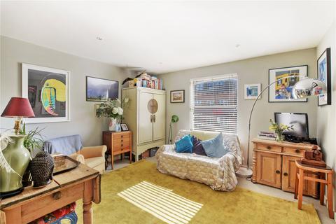 2 bedroom flat for sale - Sewardstone Road, Bethnal Green, London, E2