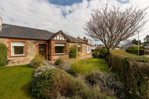 3 bedroom semi-detached bungalow for sale - 2 House O'Hill Row, Davidsons Mains, EH4 2AW