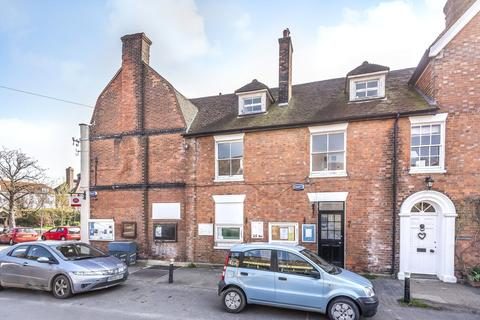 2 bedroom flat to rent - The Village Stores, Church Street