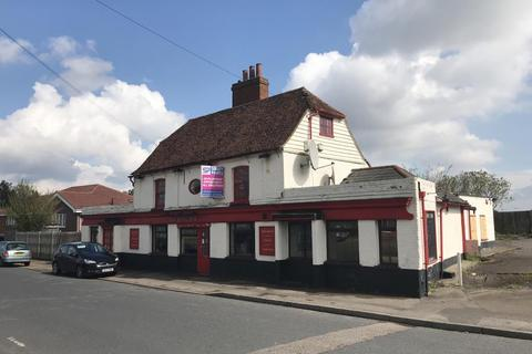 2 bedroom property with land for sale - The Royal Oak, Cooling Road, Strood, Rochester, Kent