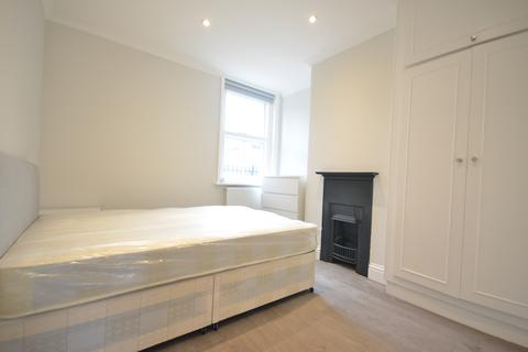 1 bedroom in a flat share to rent - Heckford House, Grundy Street, London  E14