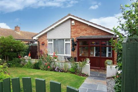 3 bedroom detached bungalow - SEATON, Devon