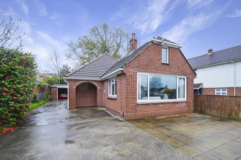 3 bedroom chalet for sale - Charmouth Grove, Lower Parkstone, Poole