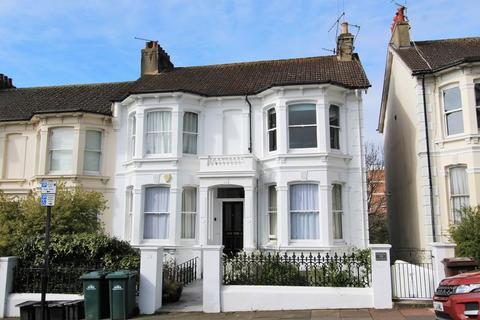 2 bedroom apartment for sale - Beaconsfield Villas, Brighton