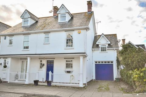 4 bedroom semi-detached house to rent - Burnell Gate, Beaulieu Park, CHELMSFORD, CM1