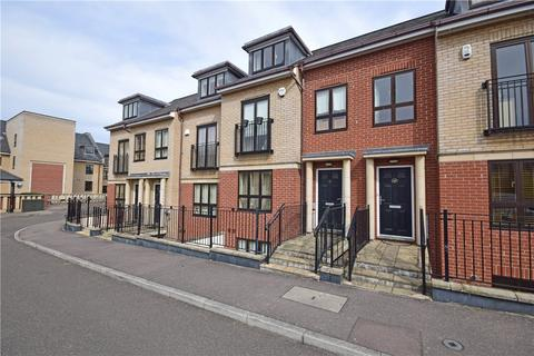 4 bedroom terraced house to rent - St Bartholomews Court, Riverside, Cambridge, CB5