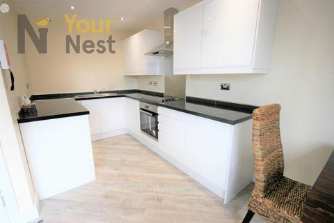 1 bedroom apartment to rent - BILLS INCLUDED, Apartment 3, Woodsley Rd, Hyde Park, LS3 1DT