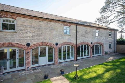 5 bedroom barn conversion for sale - Sleaford Road, Navenby, LN5 0AT