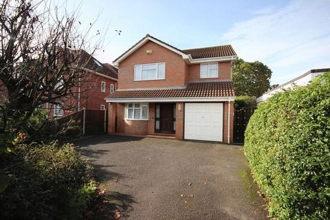 3 bedroom detached house to rent - Crabton Close Road, Boscombe, Bournemouth