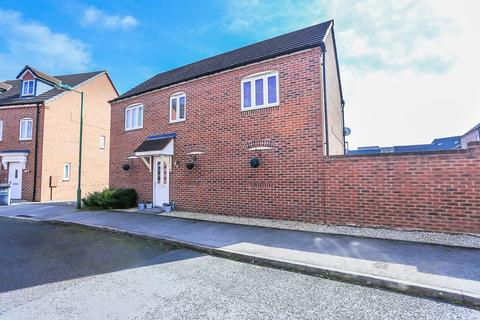 2 bedroom detached house for sale - Wharf Lane, Solihull