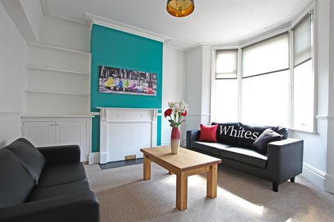 6 bedroom house to rent - Lutterworth Road, Abington Northampton