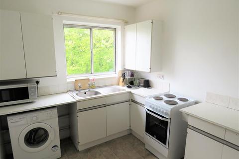 2 bedroom flat to rent - Flat 18 Hallam Cliffe 32 Crabtree Lane Norwood Sheffield