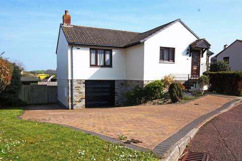 3 bedroom detached bungalow for sale - Goodwood Park Road, Northam, Bideford