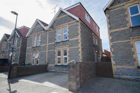 4 bedroom semi-detached house for sale - Buckingham Place, Downend, Bristol, BS16 5TN