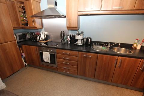 2 bedroom flat for sale - Worsdell Drive, Gateshead, Tyne and Wear