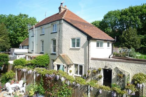 4 bedroom cottage for sale - Box Iron Cottages, Chapel Row, Herne Bay, Kent