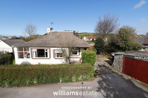 3 bedroom detached bungalow for sale - Gwaenysgor