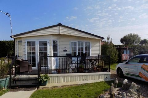 3 bedroom park home for sale - Lazy Days Caravan Park, Minster,