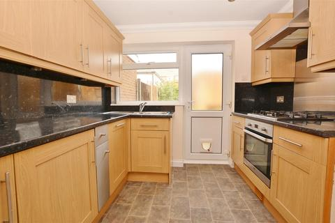 2 bedroom terraced house for sale - Kipling Avenue