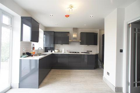 4 bedroom house to rent - Ferney Road, East Barnet, Barnet