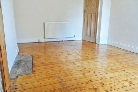 3 bedroom flat to rent - Rothbury Terrace, Newcastle upon Tyne, Tyne and Wear, NE6 5DD