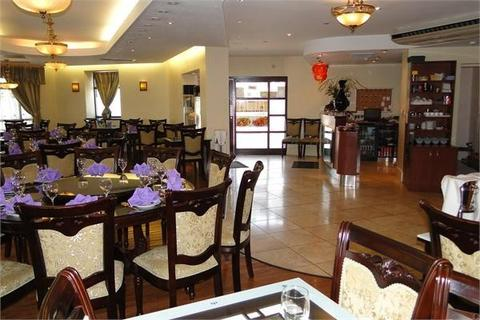 Restaurant to rent - Penarth Road, Cardiff, CF11