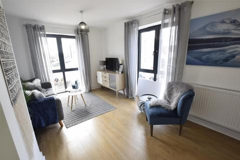 1 bedroom flat for sale - Danes Court, Danes Lane, Keynsham, BRISTOL, BS31 2BA