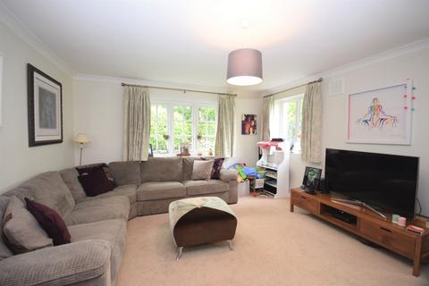 2 bedroom link detached house to rent - School Road Chislehurst BR7