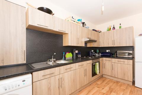 2 bedroom flat - Hillhead Terrace, City Centre, Aberdeen, AB24 3JE