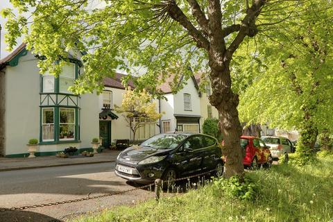 5 bedroom semi-detached house for sale - High Street, Newnham, Gloucestershire. GL14 1BU