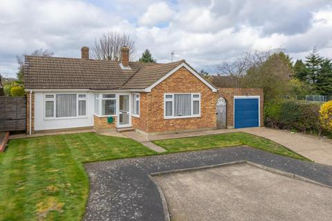 2 bedroom detached bungalow to rent - Little Orchard, Coxheath, ME17