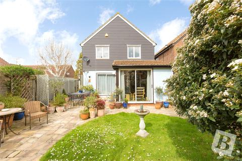 4 bedroom detached house for sale - Roxwell Avenue, Chelmsford, CM1