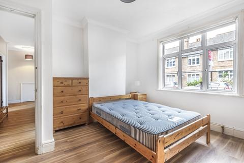 4 bedroom flat to rent - Strickland Row Earlsfield SW18