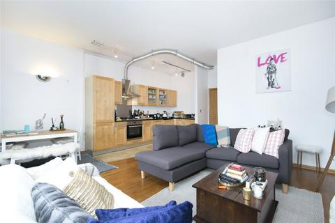1 bedroom flat to rent - Kingsland Road, London, E8