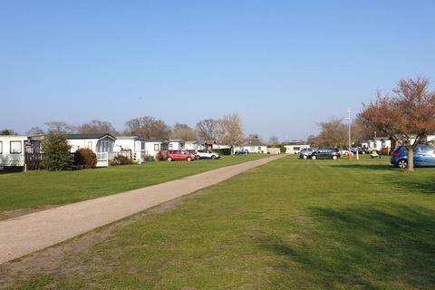 2 bedroom static caravan for sale - East Bergholt Colchester
