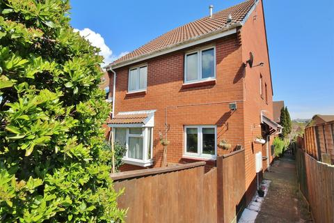 2 bedroom house for sale - 55 Gussage Road, Parkstone, POOLE, Dorset