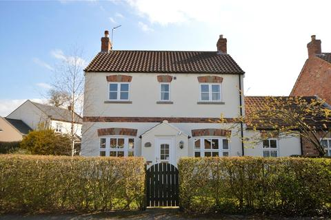 3 bedroom link detached house for sale - Granary Cottage, Roecliffe Court, Hessay, York
