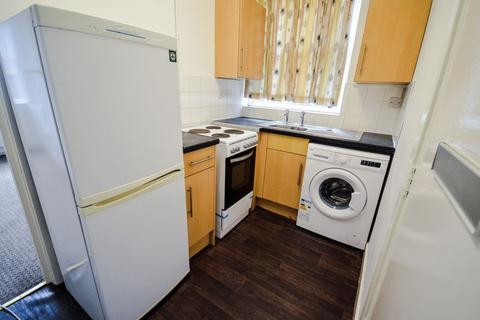 1 bedroom flat to rent - Flat B - Cedar Road LE2 - 1 Bedroom Flat