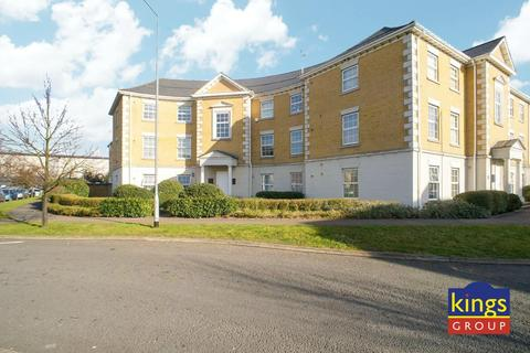 2 bedroom flat for sale - Queen Mary's Court, Waltham Abbey