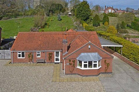 3 bedroom detached bungalow for sale - Sledmere Road, Langtoft, East Yorkshire