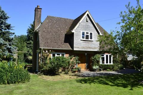4 bedroom detached house for sale - Ermin Street, Woodlands St Mary, Berkshire, RG17
