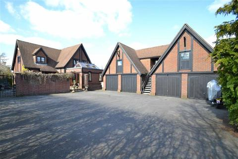 4 bedroom detached house for sale - The Sydings, Speen, Newbury, Berkshire, RG14