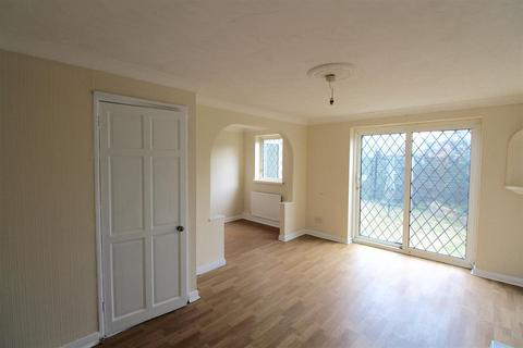3 bedroom house to rent - Axminster Close, Bransholme, Hull